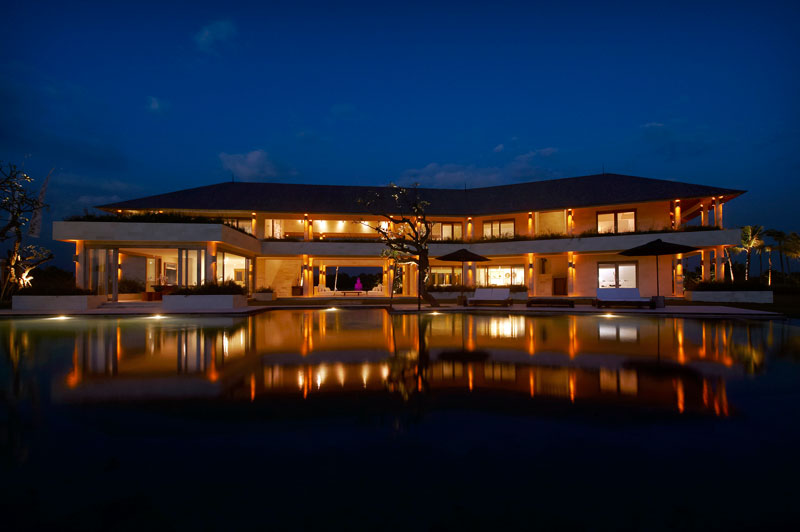 Villa Babar at Night